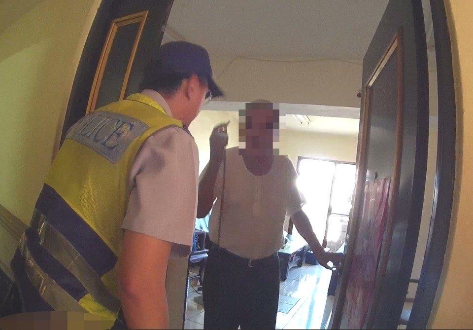 迷失家的方向 警民聯手助8旬翁返家。(記者陳金泉翻攝)