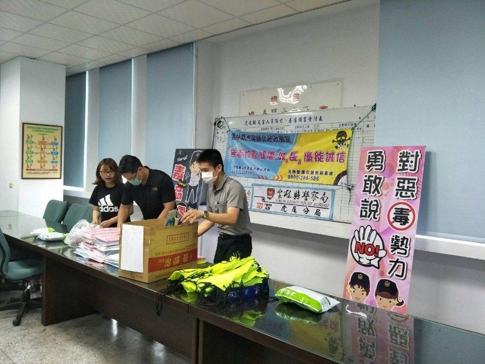 全國破千人參加 意外成為學生電腦操作教材、抗疫有「禮」達陣。(記者蘇杉郎翻攝)